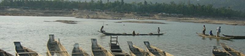 Boats_in_Jaflong_Sylhet_Bangladesh_33